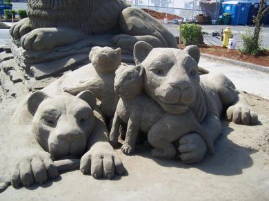 430032b0-0152-11e4-8637-290f02a1ceaa_10_CATERS_Hoggard_Sand_Sculptures_11